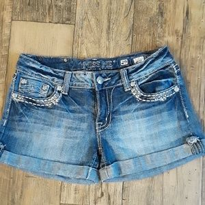 🦊 Miss Me Shorts Distressed 29 🦊